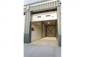 Garageboxen in Amersfoort met een overheaddeur beschikbaar